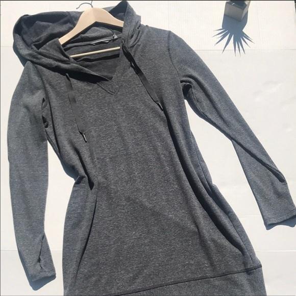 07e0dedfca0 Athleta Dresses   Skirts - EUC Athleta hoodie sweatshirt dress sz medium  gray
